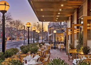 How to Extend the Outdoor Dining Season