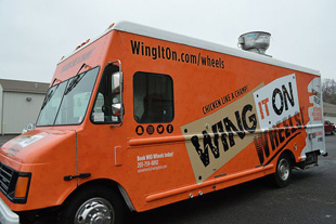 Connecticut Wing Chain Adds Food Truck