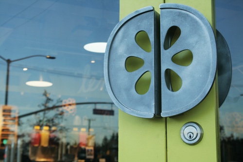 Lemonade-Door-Handle hi-res