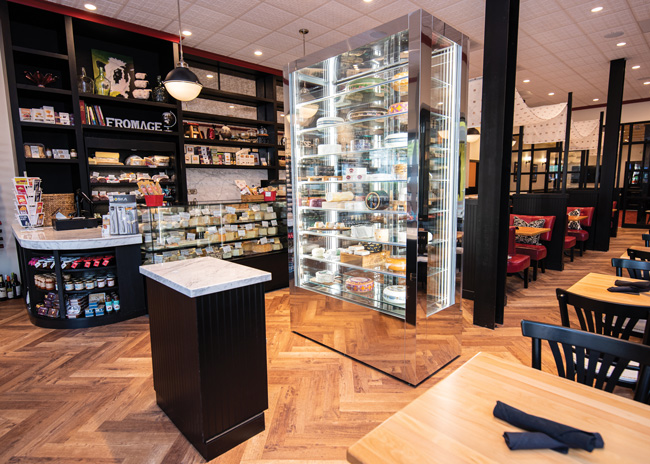 cheesetique entry interior